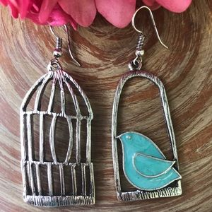 Jewelry - Bird Cage Flying Free Earrings Blue NEW
